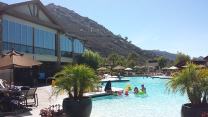 Welk Resort timeshare - Mountain Villas pool and clubhouse